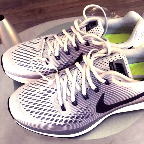the best attitude 42e26 f9ee8 Nike Air Zoom Pegasus 34 Running Shoes NWT
